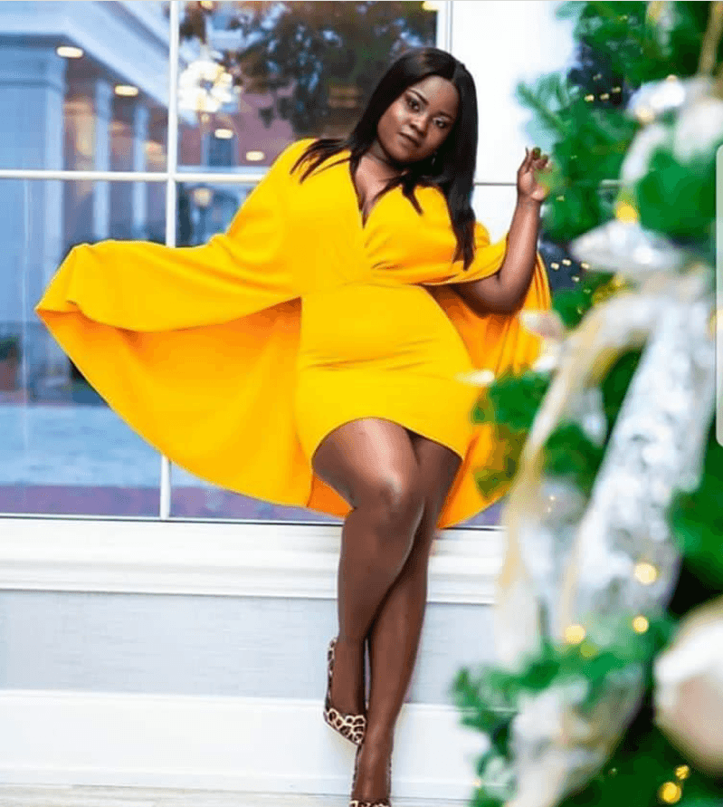 Stunning yellow dress styles; Yellow is the new black! 10