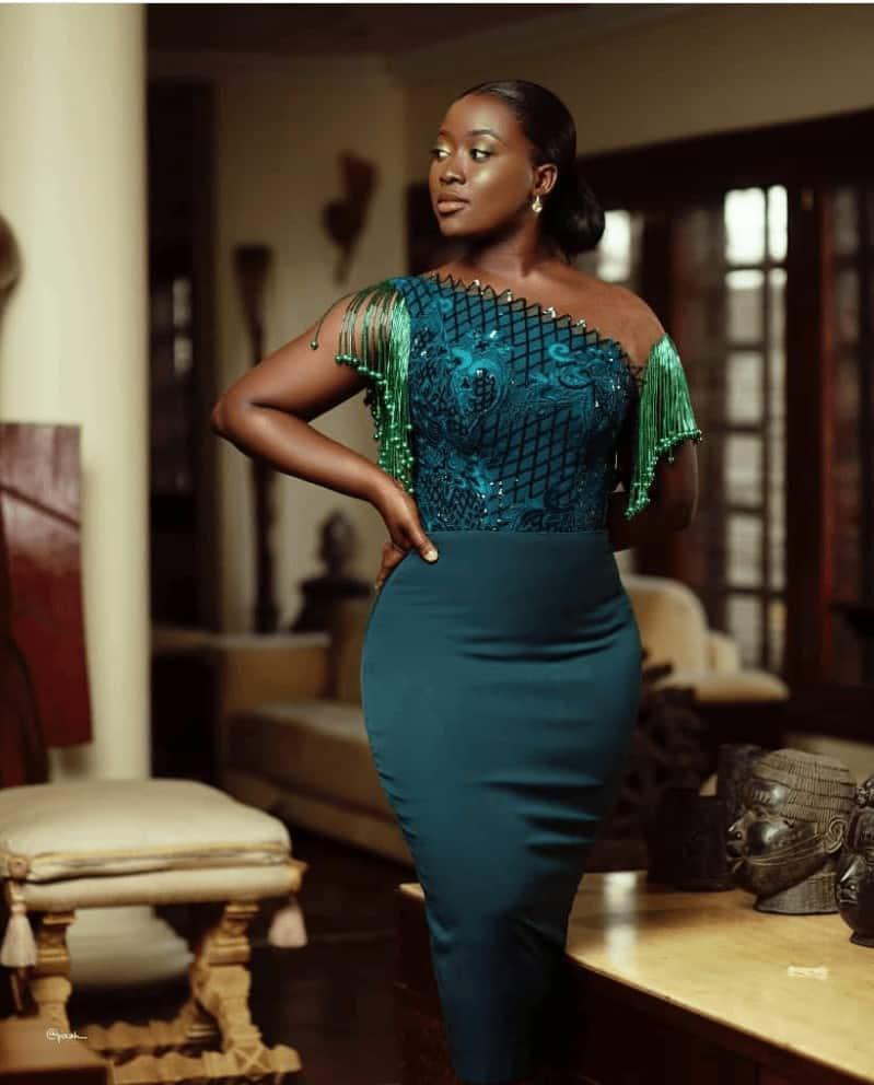 THE LATEST NIGERIAN LACE STYLES TRENDING 11