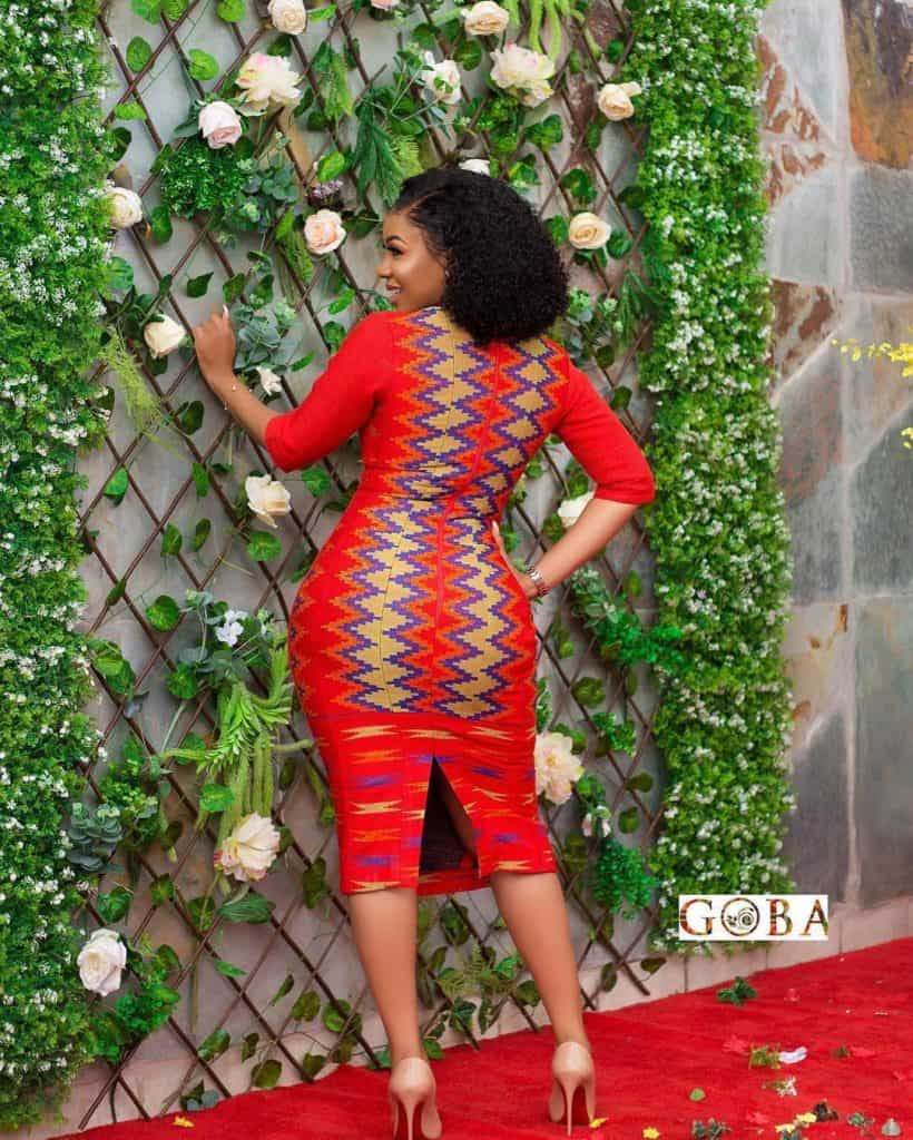 15+ LATEST AND RIVETING KENTE STYLES 5