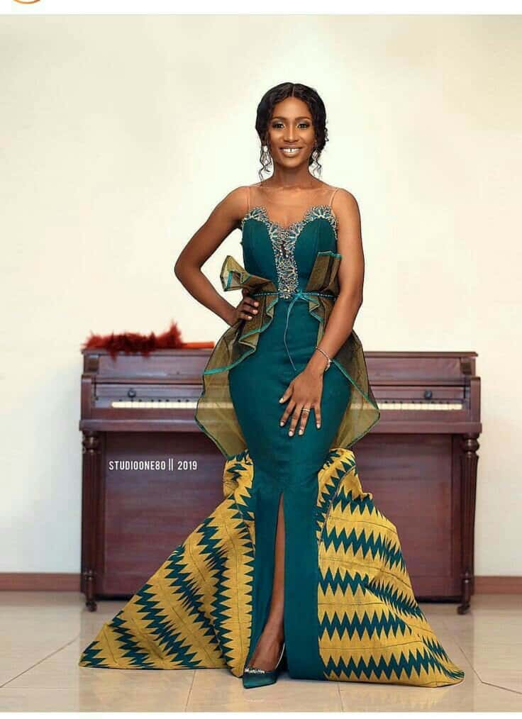 STYLISH AND GLAMOUROUS GHANA KENTE STYLES IN 2019 23