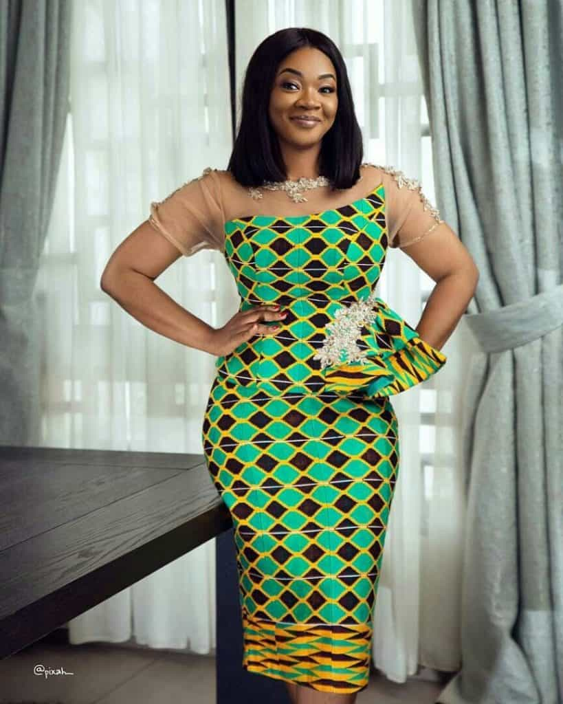 STYLISH AND GLAMOUROUS GHANA KENTE STYLES IN 2019 48