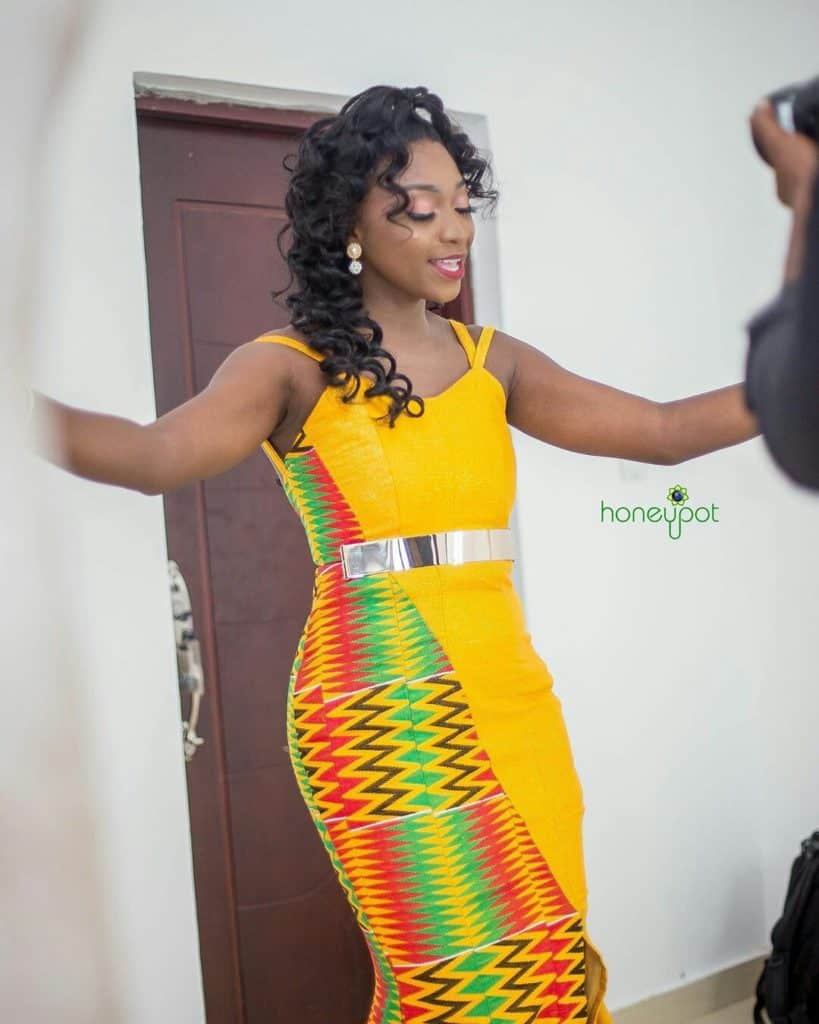 STYLISH AND GLAMOUROUS GHANA KENTE STYLES IN 2019 43